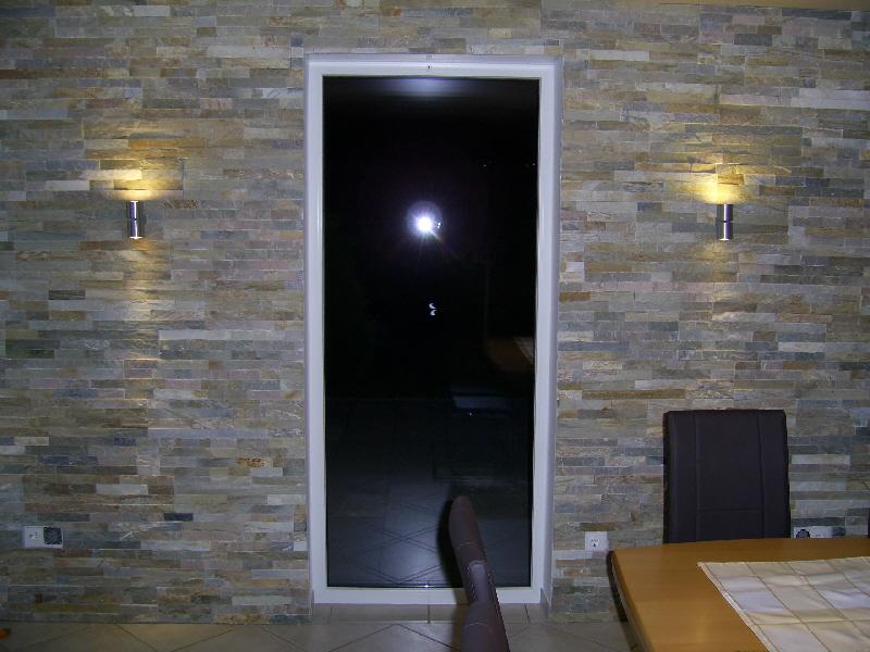 Natursteinwand wandverblender verblender riemchen marmor for Verblender riemchen innen
